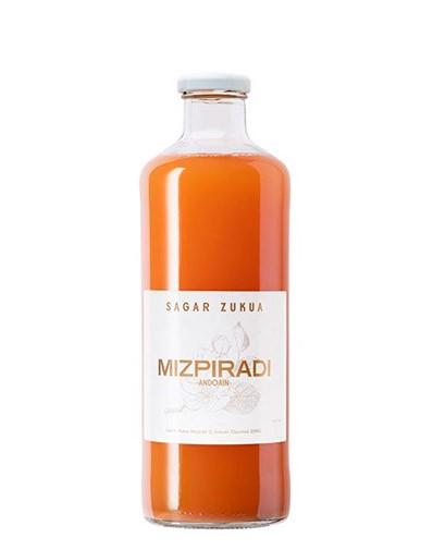 Zumo de manzana Mizpiradi